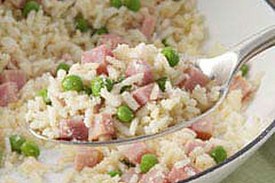 15 Minute Creamy Rice Skillet with Ham and Peas