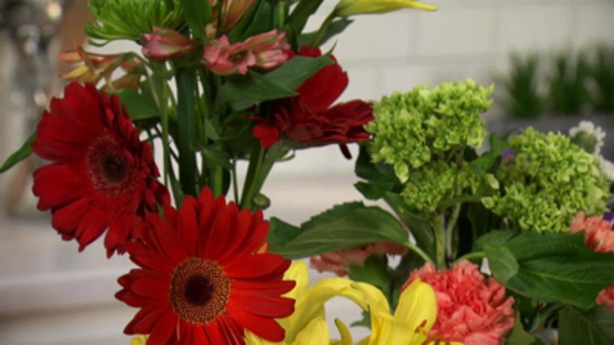 Creativity in the Kitchen - Flower Arranging