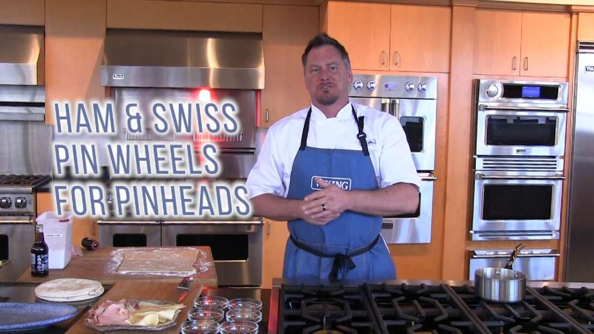 Ham and Swiss Cheese Glazed Pinwheel