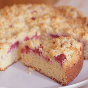 Fresh Raspberry Sour Cream Crumb Cake