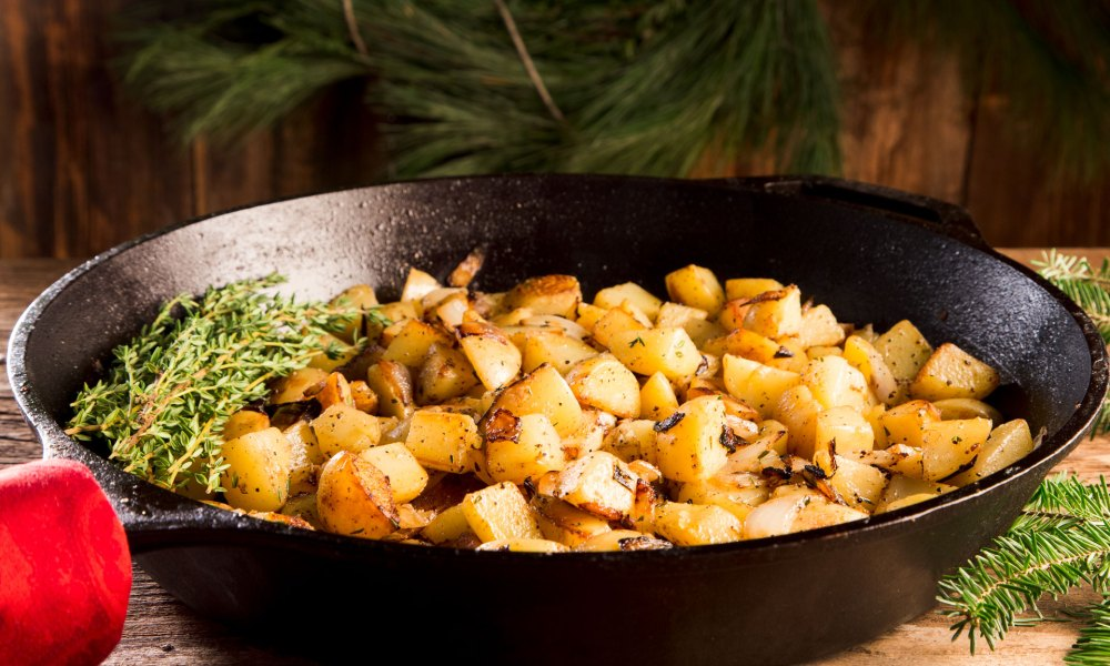Fried Potatoes and Onions with Thyme
