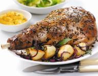 Roast Leg of Lamb with Roasted Potatoes