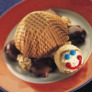 Blue Bunny Ice Cream Turtle Sundae