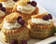 Vanilla Cream in Pastry Shells Recipe