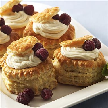 Vanilla Cream in Pastry Shells Recipe