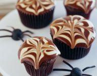 Creepy Crawler Halloween Cupcakes