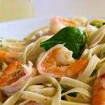 Easy Shrimp Scampi & Spinach Fettucini