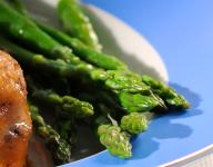 Lemony Sesame Asparagus