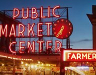 Pike Place: Farmers Market, Tourist Must-See