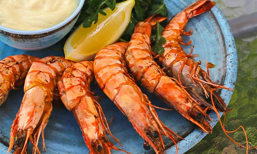 Grilled Prawns with Arugula Salad