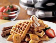 Waffles with Maple-Glazed Bananas