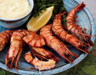 Perfectly Grilled Prawns with Arugula Salad