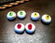 Cookie Frosting Eyeballs