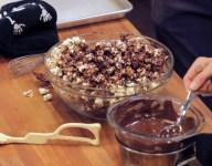 Vegan Chocolate Caramel Popcorn