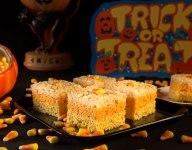 Jumbo Candy Corn Crispers