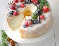 Heavenly Angel Food Cake with Vanilla Bean Crème Anglaise