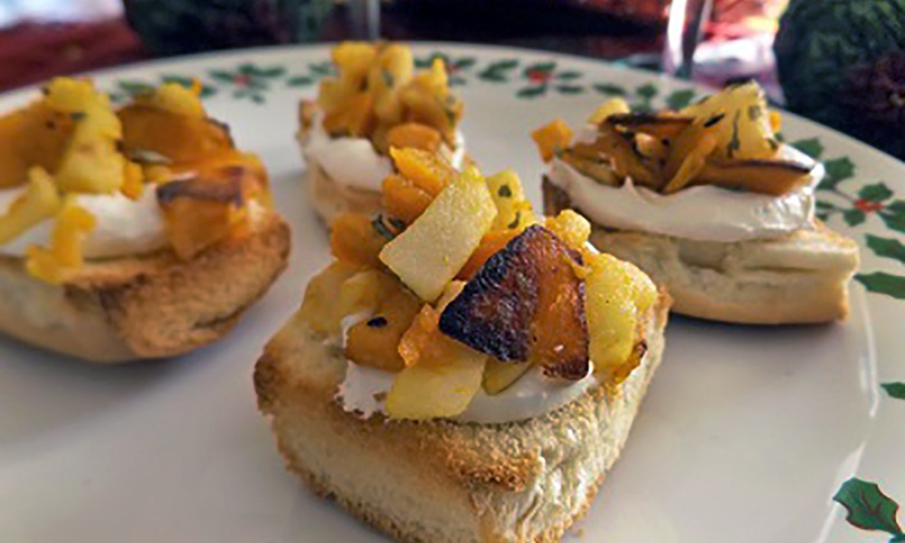 A crostini is one of those Italian favorites that can be altered, played with and tweaked to fit the season. This recipe uses New England's finest ingredients and a unique seasoning in the way of Bells! Bells seasoning is a mainstay in New England cupboards and is made with sage, oregano, rosemary, ginger, marjoram, thyme, and pepper.