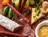How To Make the Ultimate Holiday Charcuterie