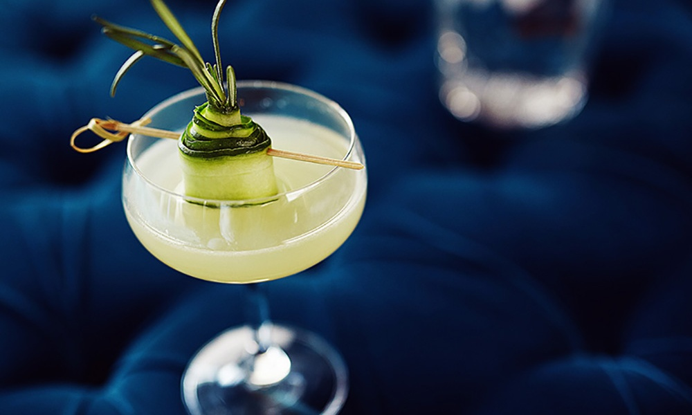 The classic Gimlet cocktail with a cucumber twist! A traditional Gimlet is a gin sour, typically featuring a lime. This version adds a contemporary twist with the use of cucumber.