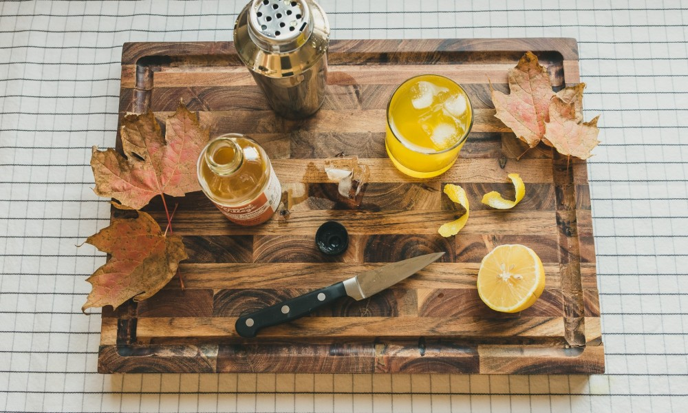 Using a sipping vinegar that is already flavored with turmeric and honey creates a smoother drinking experience. Combining it with your favorite vodka, maple syrup, and seltzer, however, creates a Maple Turmeric Tonic that is refreshing and easy to make.