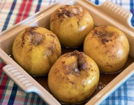 Baked Apples with White Wine