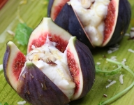 Cheese-Stuffed Figs with Peppery Honey Port Syrup