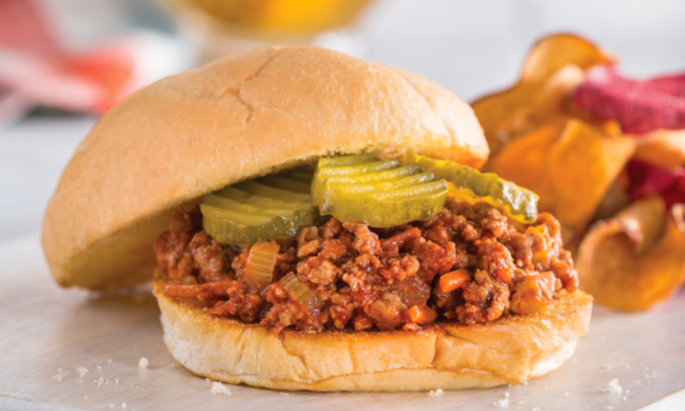 Elevate the taste of your sloppy joe by giving it a delicious hint of honey. Made with ground turkey or beef, fresh vegetables anda delicious blend of sauces and spices, this will become a regular feature in your weeknight menu.