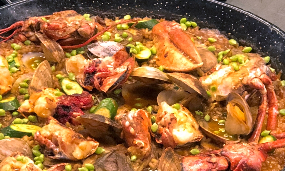 Are you looking or the perfect dish to prepare for mom on her special day this year? Executive Chef Pedro Salillas offers his favorite recipe for Traditional Spanish Paella that is sure to wow your mom at home!
