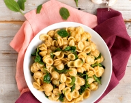 Spinach and Garlic Orecchiette Gratinée