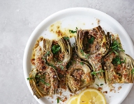 Braised Artichokes with Garlic Pecan Breadcrumbs