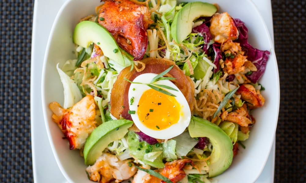 We're thrilled to have Chef David Burke, the critically acclaimed culinary master behind BLT Prime by David Burke in Washington, D.C., share his recipe for Lobster Cobb Salad.