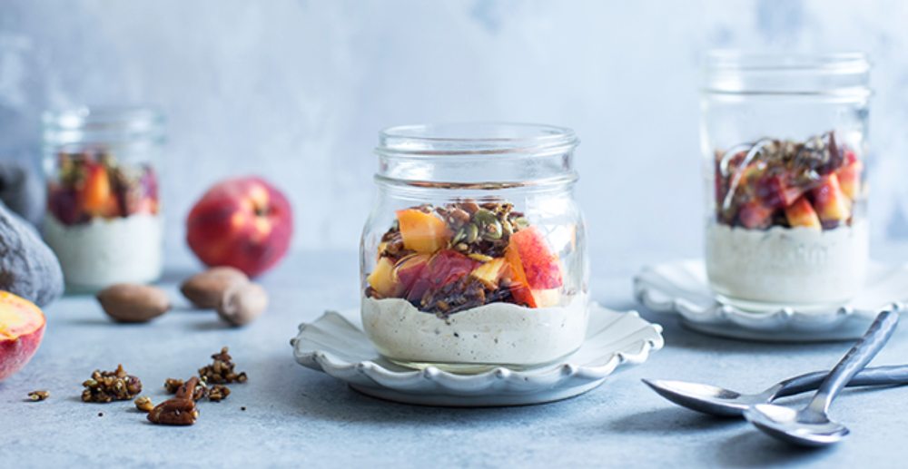 A nutritious grab-and-go breakfast guarantees you'll start the day off right. Overnight oats are all the craze these days. They're simple to make the night before, easy to take on-the-run, and oh, so delicious!