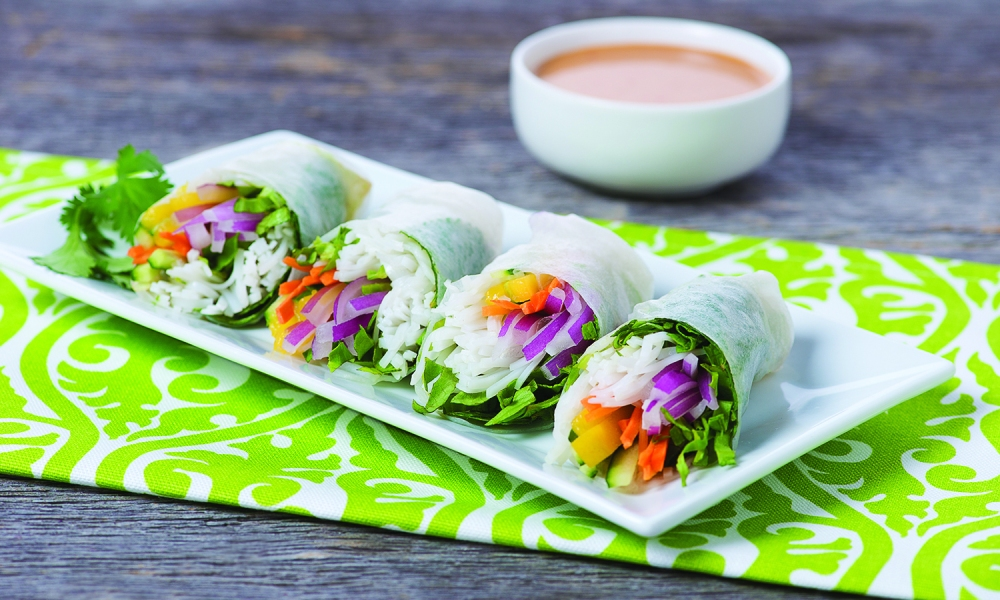 The perfect on-trend, light and delicious appetizers for your next gathering, a refreshing take on spring rolls from The National Onion Association. These lightly crunchy rolls are made with vermicelli noodles, fresh mint, green lettuce, carrot, onion, cucumber and mango rolled in rice paper.
