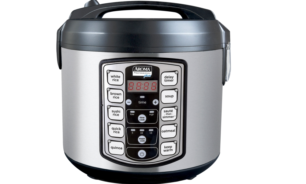One-pot cookers are all the rage. Not to mention vegetable steamers, rice cookers...it's all about convenience, depth of flavor and versatility when it comes to this category. We recently put the Aroma Housewares 20-Cup Digital Rice Cooker/Slow Cooker/Food Steamer to the test.