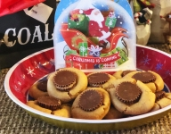 The 13 Days of Christmas Cookies: #10 Pappy's Peanut Butter Cup Cookies