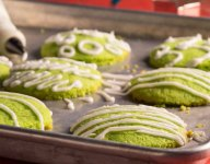 The 13 Days of Christmas Cookies: #5 Coconut Pandan Cookies