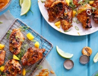 Chicken Wings with Mango-Chili Sauce