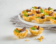 Fig and Walnut Yogurt Tarts