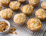 Pineapple and Walnut Muffins