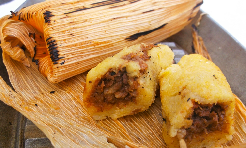 hese Yankee Pork Tamales are inspired by my friend Ronaldo Linares who I think is the best of the best when it comes to Cuban cuisine. But, of course, I had to give this Cuban street food a shot of Yankee ingenuity.