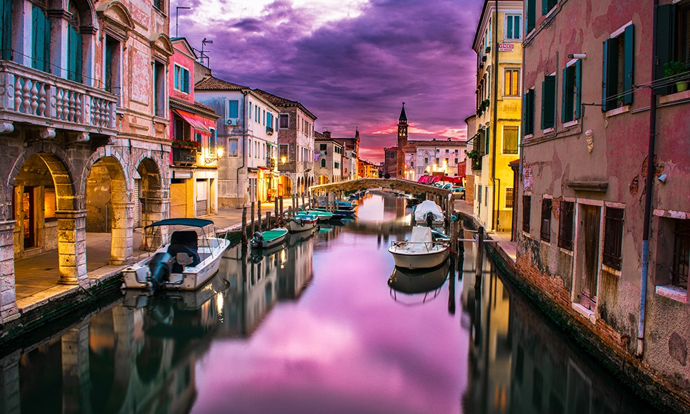 If Italy is your destination, you'll benefit from the knowledge of Chef Dave Anoia who uses annual visits to Bel Paese (the beautiful country) as inspiration for his own Italian restaurant, DiAnoia's Eatery in Pittsburgh.