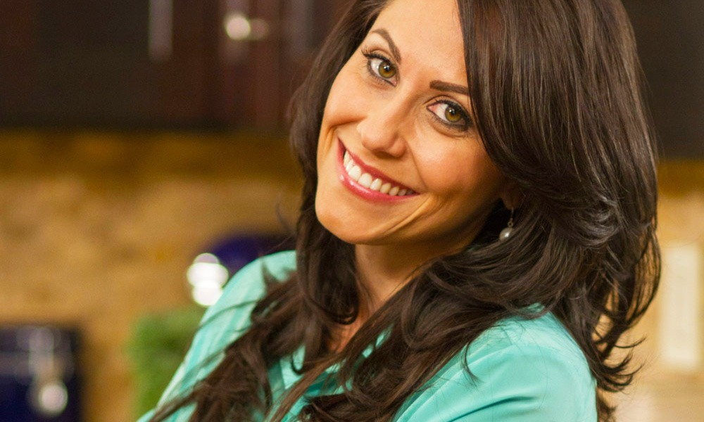 Carolyn Scott, The Healthy Voyager, lets us travel, and dine with her vicariously through the videos she shares on The Food Channel. She demonstrates how to travel as a vegan and enjoy local cuisine while staying true to your dietary needs.